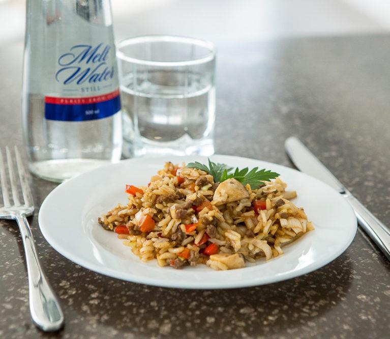 Receptas: ryžiai su faršu per 15 minučių!