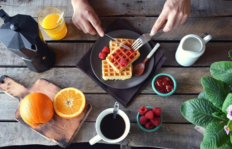Kodėl pusryčiai – svarbiausias dienos maistas?