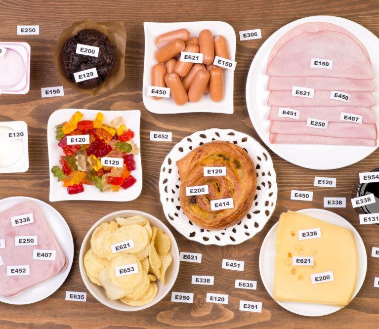 Specialistės patarimai: juodasis sąrašas maisto priedų, kurių vengti būtina