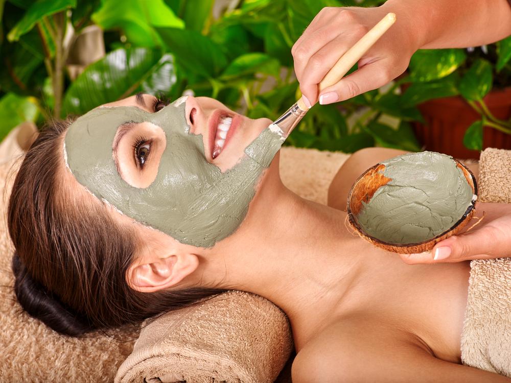 Kaip prižiūrėti veido odą, kai jums 40 metų