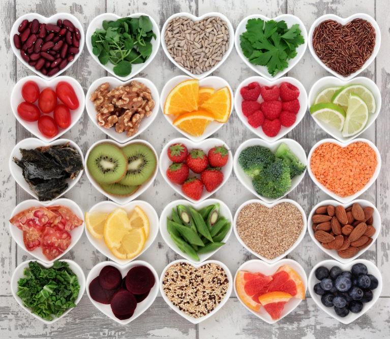 Kortizolis, estrogenas, skydliaukė: kaip mityba subalansuoti pagrindinius hormonus?