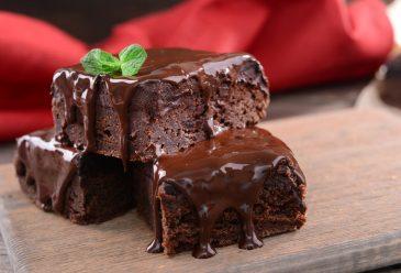 Šokoladainis su cukinija