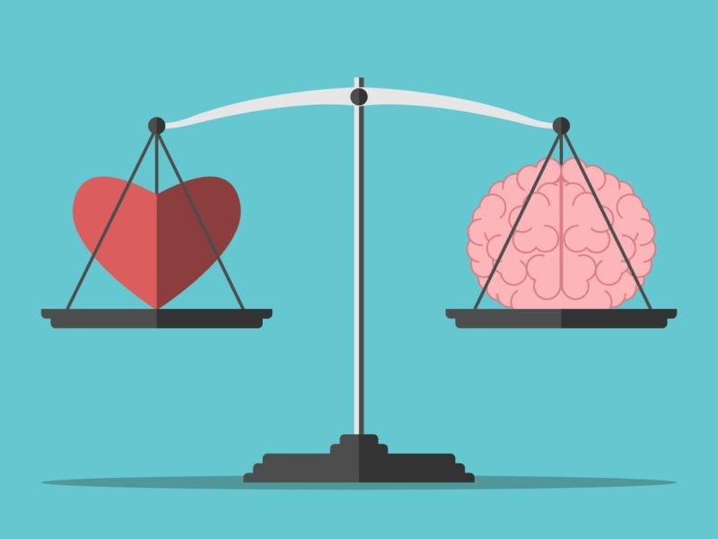 Proto ir širdies konfliktas – kurio klausyti kuriant santykius?
