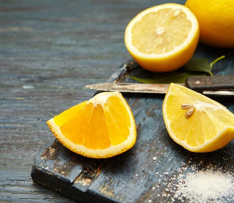 Citrina, pipirai ir druska: nuo daugybės ligų gydantis trejetukas