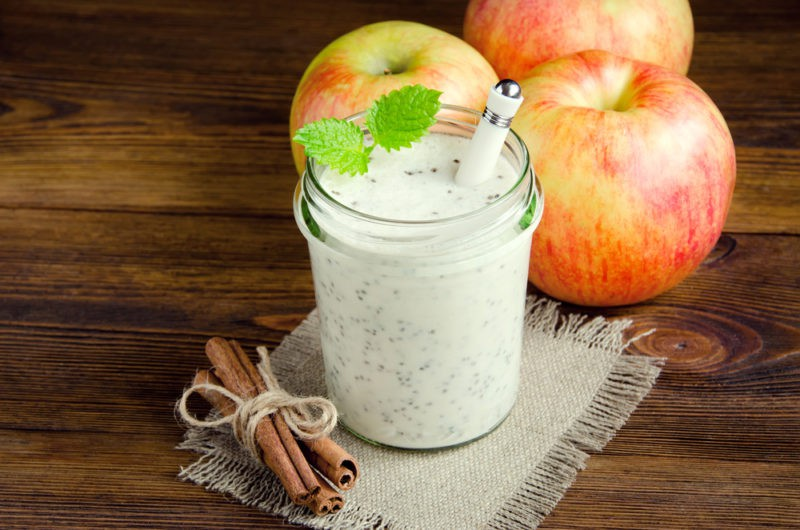 Lieknėti padedantis obuolių, linų sėmenų ir čija gėrimas